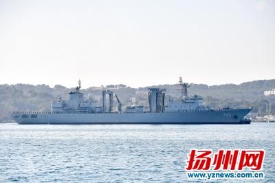 扬州舰高邮湖舰抵达法国 特设扬州文化展区