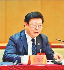 秦恩亭代表:发挥区位优势做大对外开放平台