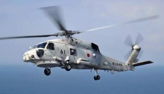 日本自卫队海底寻获失联直升机 机内发现数具遗体