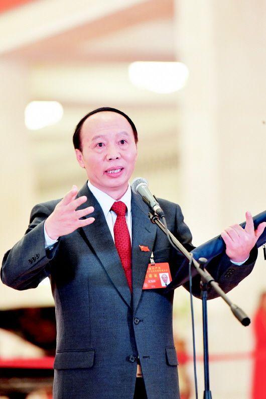 张蜀新代表:我不是一个会表达的人