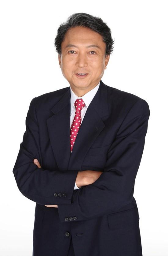 日本前首相鸠山由纪夫:中国各领域的迅速发展值得赞赏