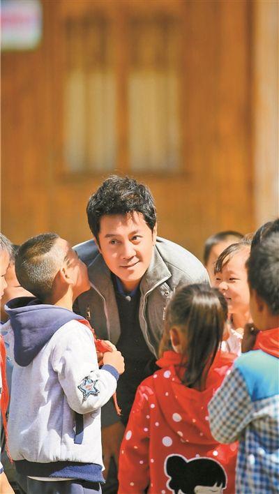 """汪峰蔡国庆组建儿童合唱团""""让世界听见"""""""