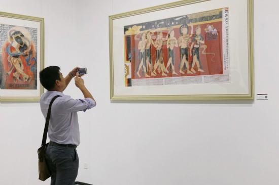 紫泥堂艺术中心开幕首展 叶星生西藏绘画与藏品展