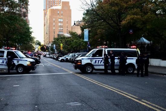 """Eight dead in """"act of terror"""" in New York City: mayor"""