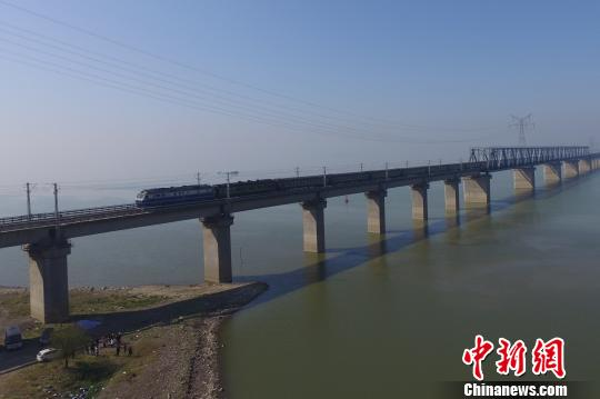航拍九景衢铁路江西段沿线重点工程美景