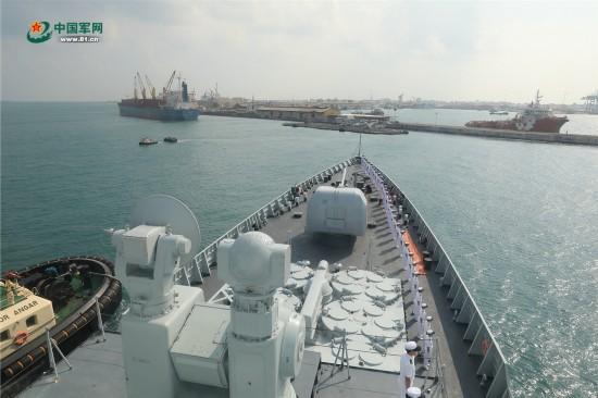 Chinese naval escort ship docks in Djibouti for replenishment