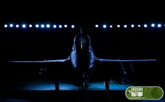 中国军工走向世界山鹰教练机交付非洲用户