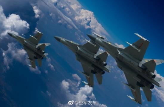 中国空军向全疆域作战的现代化战略性军种迈进
