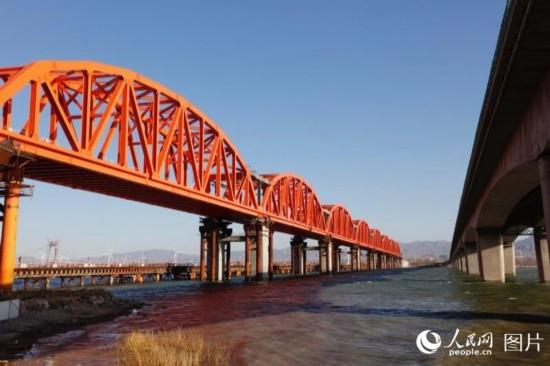 京张高铁官厅水库特大桥主桥主体工程完工【7】