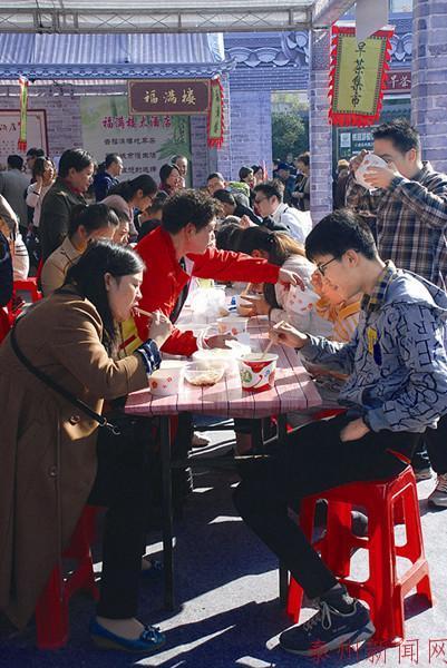 泰州人文早茶集市落幕 16天吃掉100万只包子