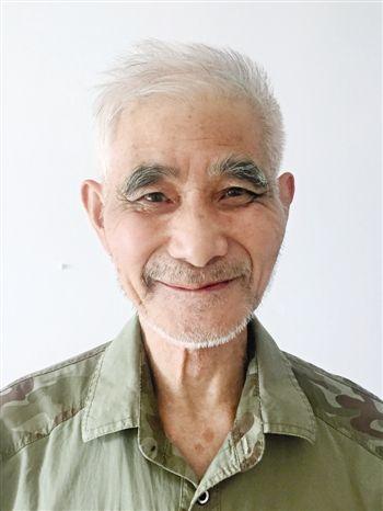 江苏泰兴老人爱心捐赠29年 曾是越南孤儿