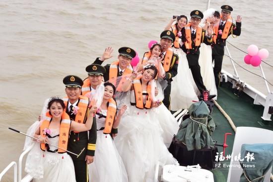 福建海警第一支队喜气洋洋 6对新人集体脱单