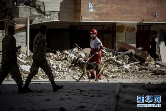 伊拉克强震造成伊朗边境至少328人死亡