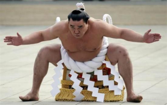 日本相扑界惊传丑闻最高阶横纲打爆同乡脑袋(图)