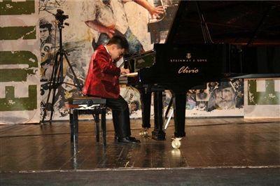 常州7岁男孩荣获国际音乐比赛钢琴组特等奖