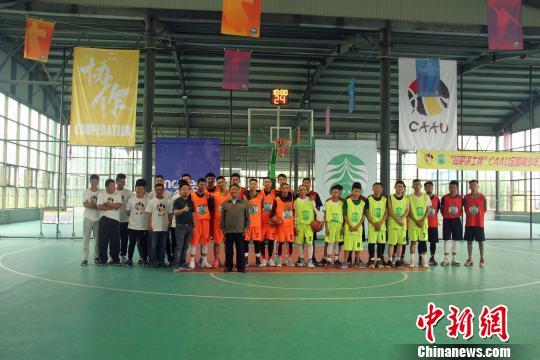 首批全国青少年校园篮球特色学校公布 1976所