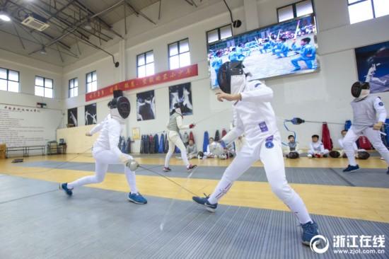 击剑进课堂,杭州这所小学真洋气