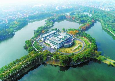 11月18日,湖北荆州文物保护中心新址正式投入使用