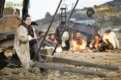 热依扎拍摄《九州海上牧云记》拒绝清场 和周一围上演虐心感情戏