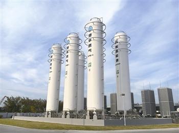 泰州液化天然气备用气源站建成投入运行