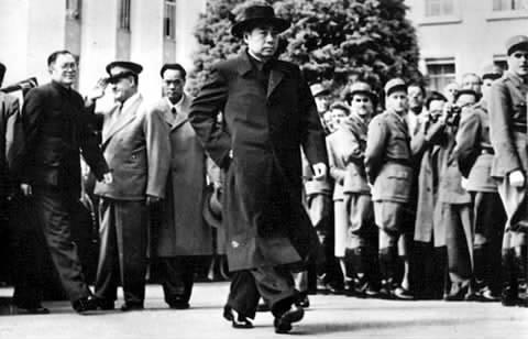 美国国务卿杜勒斯 拒绝与周恩来握手的历史真相