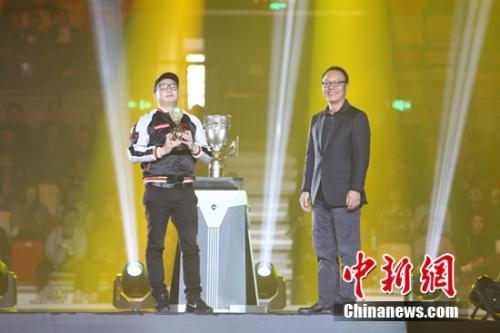 DOTA2 perfect masters Chinese team win A new tournament system