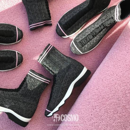 鞋履来自FENDI 可从店铺购买