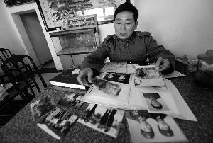 江苏泰兴老兵寻烈士亲属 为牺牲战友写英烈传