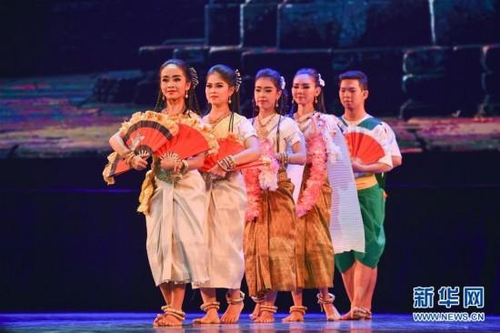 """""""海丝圆梦――首届海上丝绸之路国际舞蹈艺术交流周""""系列活动在福建举行"""