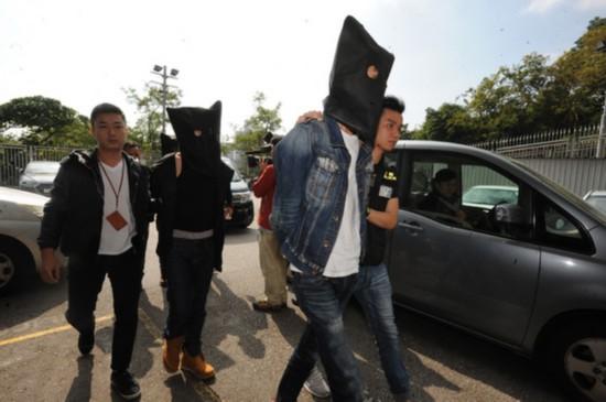 港警方展开大规模反黑行动 拘捕120人