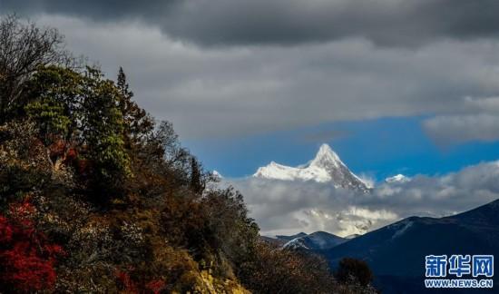 (新华视界)(4)西藏高原景色美