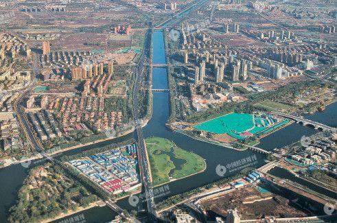 p19 北京城市副中心的建设被认为是京津冀协同发展的重要步骤。图为北京通州核心区。 《中国经济周刊》首席摄影记者 肖翊摄
