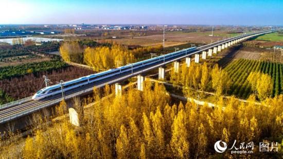 西成高铁全线贯通 西安至成都仅需三个半小时【4】