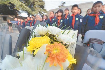 八十年生死相隔 南京大屠杀幸存者家庭祭告
