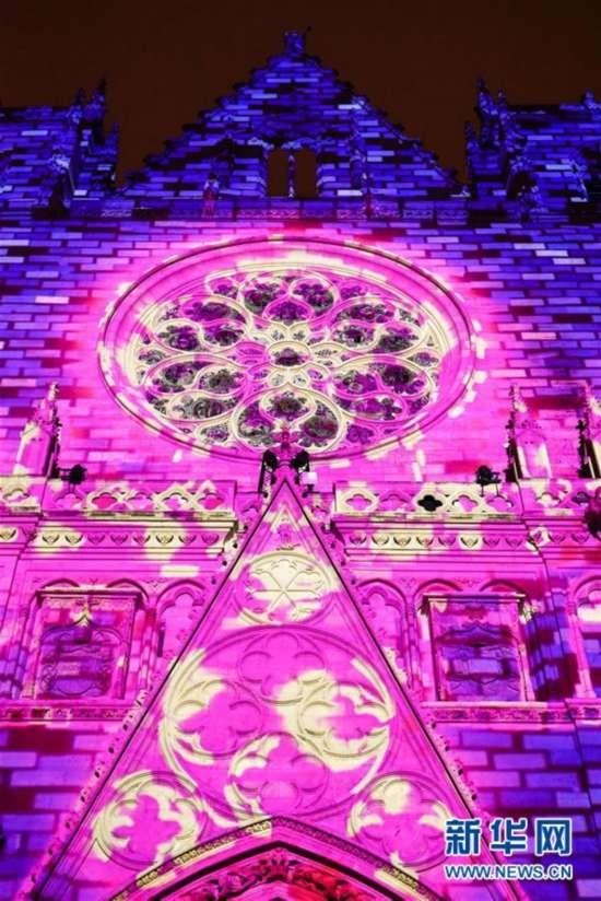 法国里昂灯光节开幕