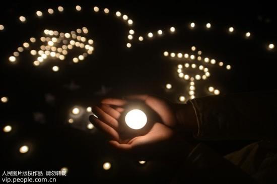 全国各地悼念南京大屠杀遇难同胞