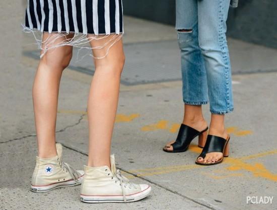 """只有百搭自在的帆布鞋,才能解救你的""""精致癌"""""""