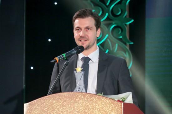国际乒联年度颁奖典礼 丁宁获得两项大奖