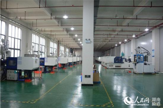 位於常德高新區的湖南粵港模科工廠一角