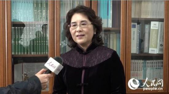 程永华大使夫人汪婉接受人民网记者专访。(许永新  摄)
