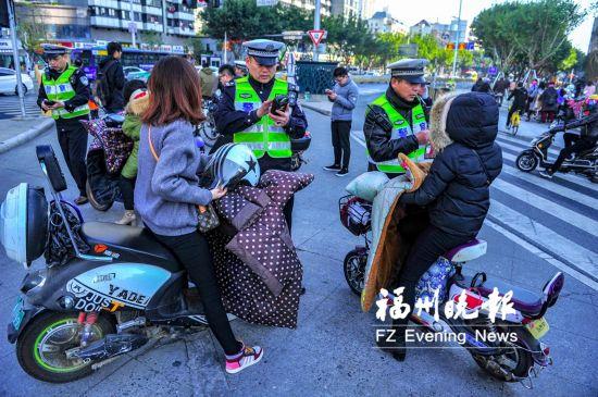 福州:骑车交通违法 与驾驶信息捆绑