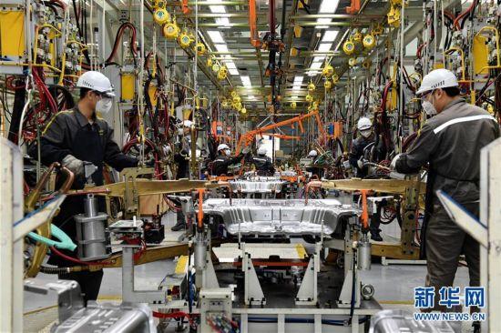 (经济)(2)福建加速发展新能源汽车产业