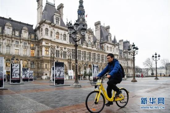 """法国巴黎:OFO""""小黄车""""助力市民绿色出行"""