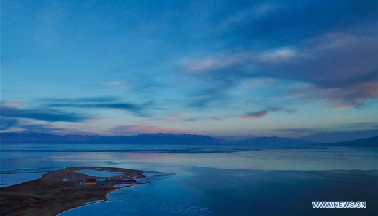 Winter scenery of China's largest inland lake
