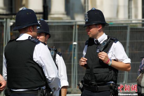英国伦敦法庭开庭审理图谋圣诞节恐袭的两名嫌