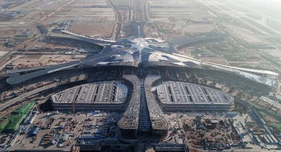 俯瞰北京新机场主航站楼