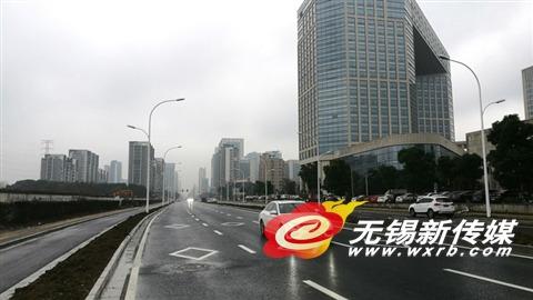 无锡建筑路改拓建工程主体通车