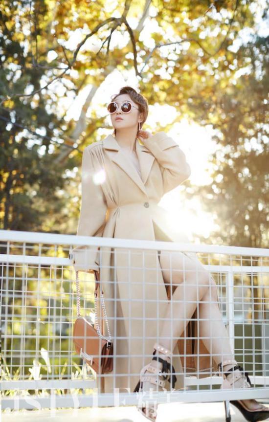 马丽优雅酷帅写真曝光 时尚感染力淋漓尽致