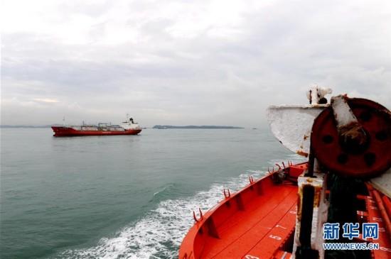"""(科技)(2)""""实验3""""号科考船进入马六甲海峡"""