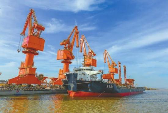 盐城港滨海港区:加快推进30万吨级码头集群建